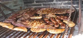 Especialistas recomiendan evitar excesos alimentarios para Fiestas Patrias