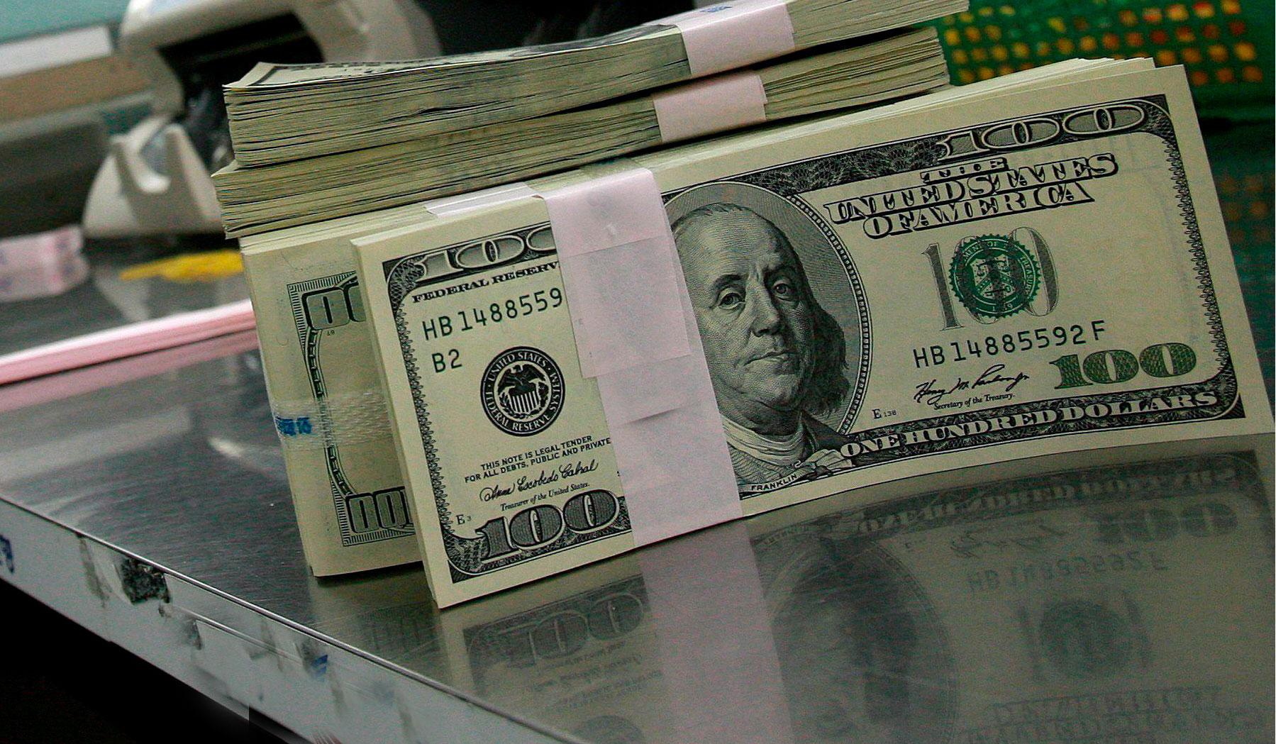 Dólar llega a Valor más Alto en los últimos Cinco Años