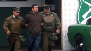 Trasladan hasta el Centro de Justicia los tres detenidos por su presunta colocación de artefactos explosivos