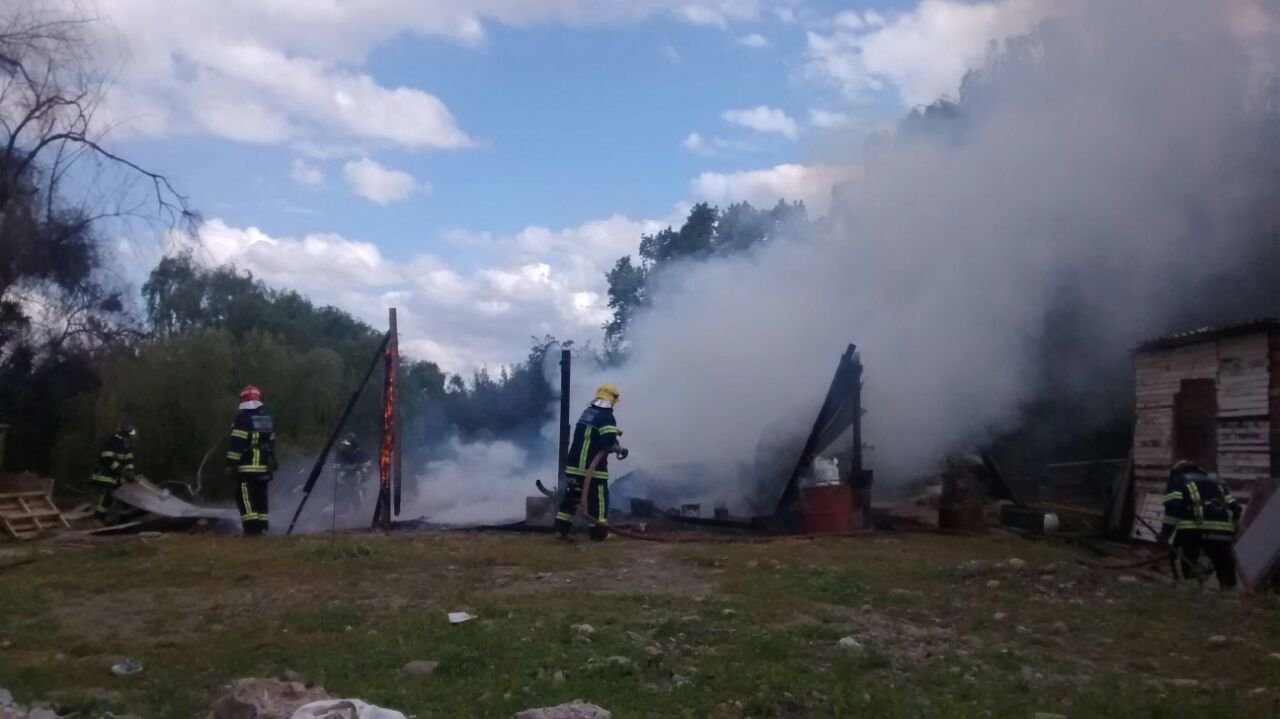 Incendio Destruye Media Agua en Talca