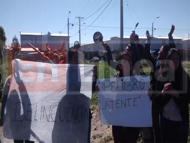 Pobladores de Villa El Parque Protestan por Delincuencia en Talca