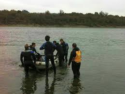 Rescatan a anciano atrapado en Islote en Curicó
