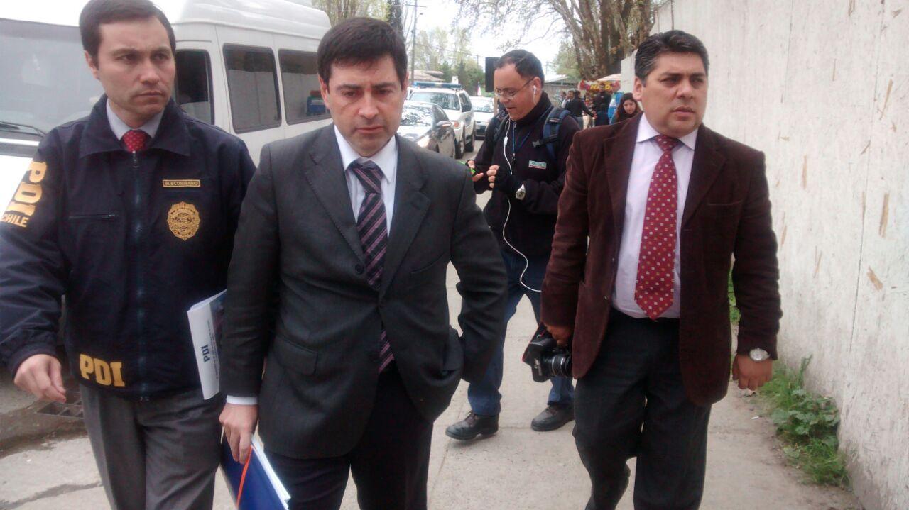 Médico del Hospital de Talca, detenido por carabineros presenta querella criminal