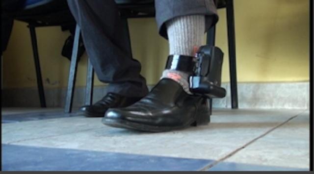 En el Maule hay dos casos de condenados que comenzaron a usar la tobillera electrónica de Gendarmería