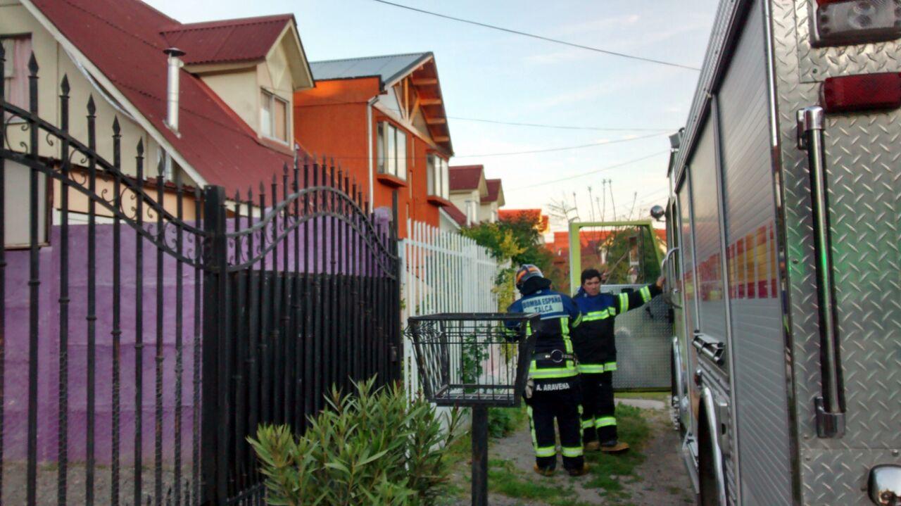 Hombre resulta gravemente herido tras caer de altura en vivienda de Talca