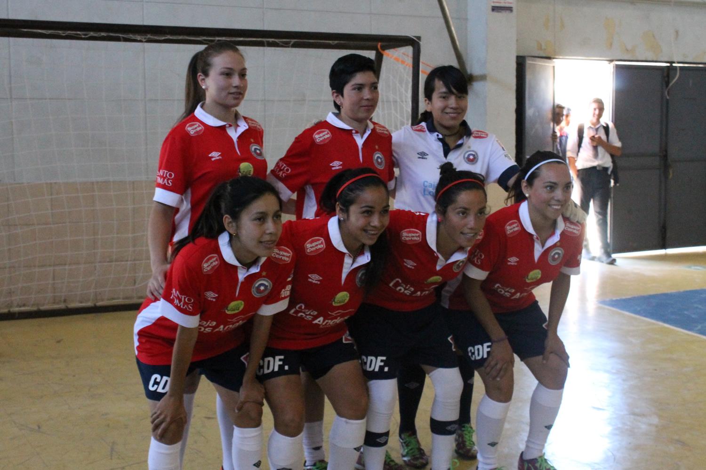 Campeones Mundiales de Fútbol Calle visitan Linares