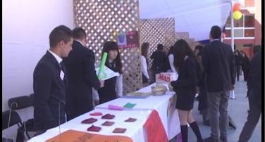 Feria de Energía Creativa incentiva al emprendimiento en los estudiantes en Insuco