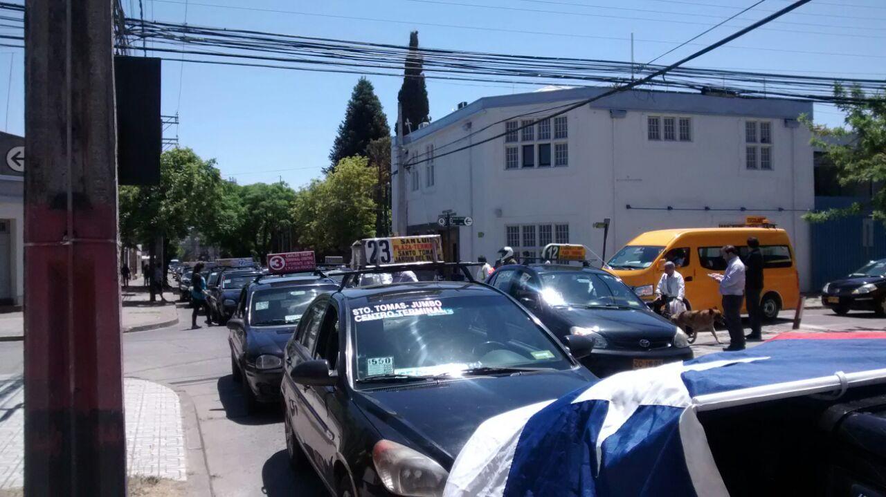 Talquinos se Plegaron a Movilización Nacional de Taxis Colectivos