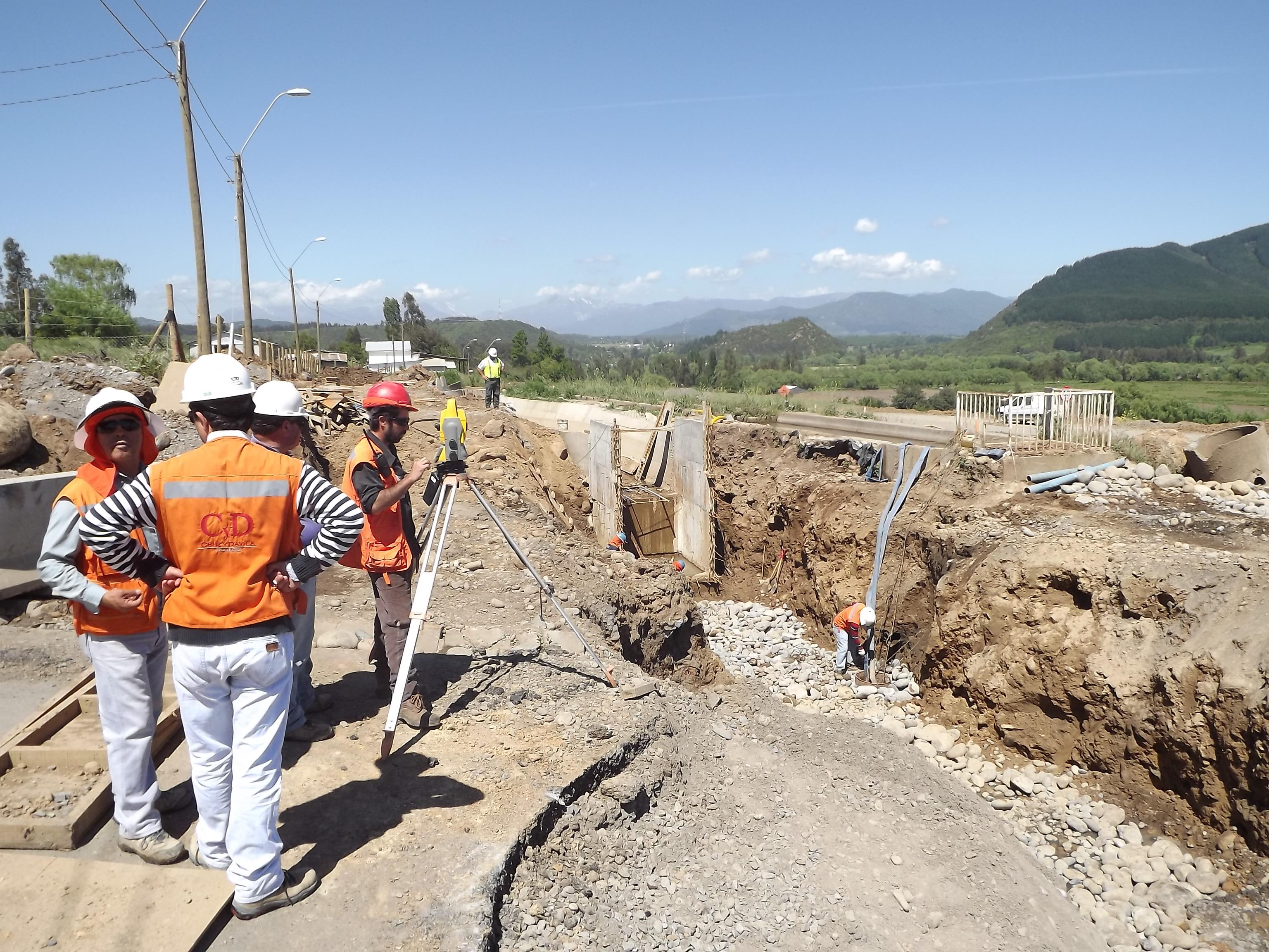 Trabajan en Conexión de Puente Maule con Ruta Internacional