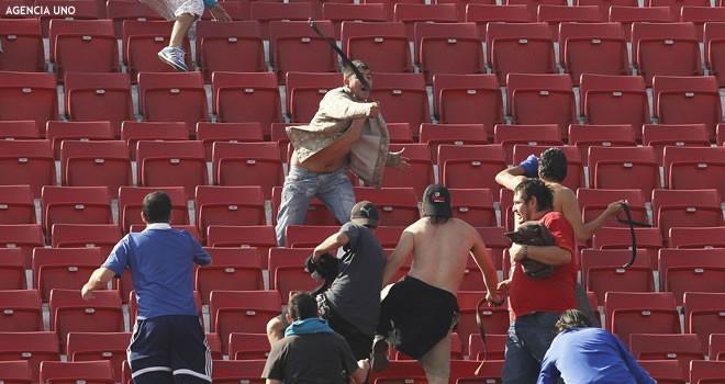 Buscan Endurecer Sanciones por Violencia en los Estadios