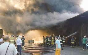 17 Locales Destruidos Dejó Incendio en Macroferia de Talca