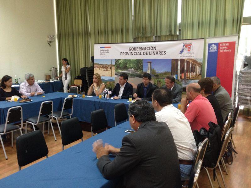 Medios de Comunicación de Linares Conocieron Novedades de Fondo de Medios