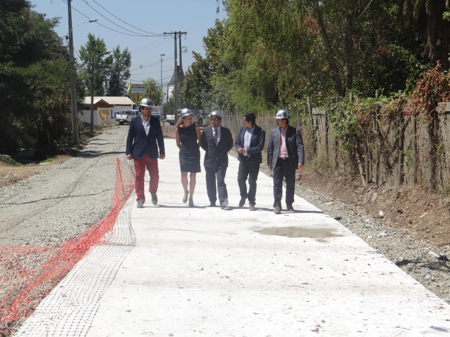 Destacan porcentaje de avance en mejoramiento pavimento calle Camino Real en Linares