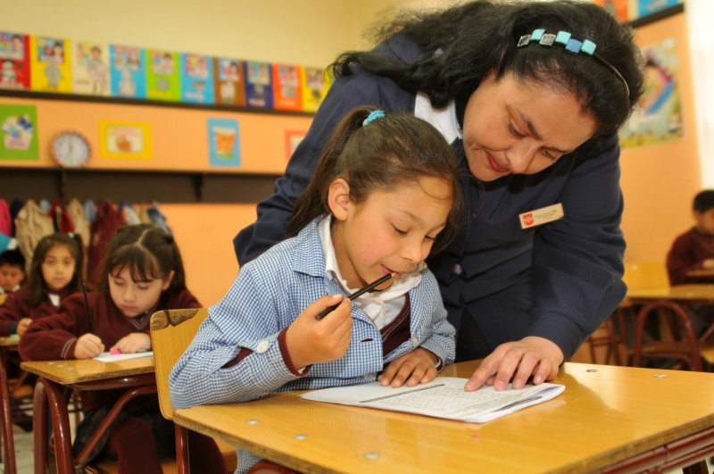Consejero UDI Dice que Reforma Educacional Retrocede en vez de Avanzar