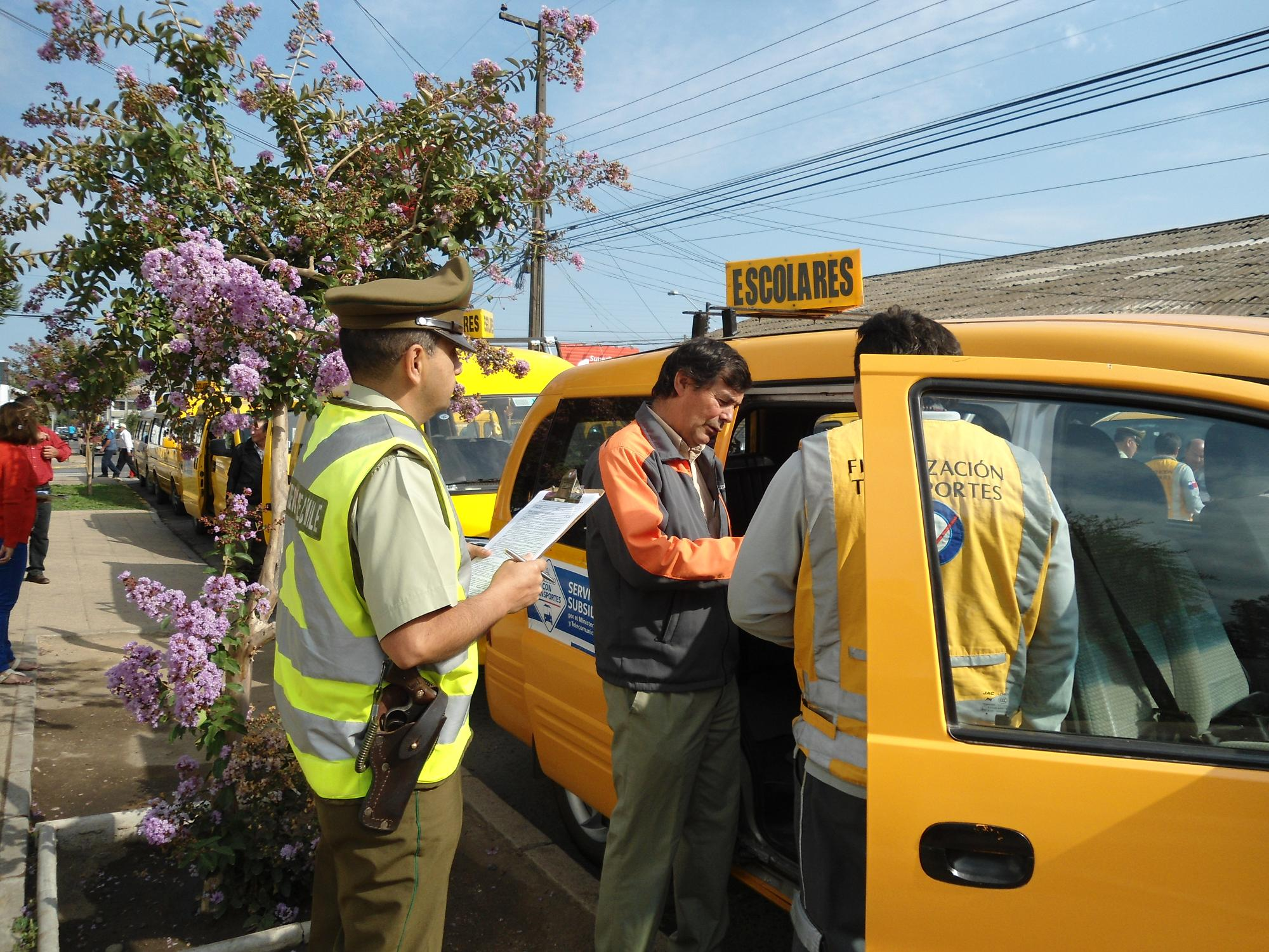 Fiscalización a transportes escolares en San Javier