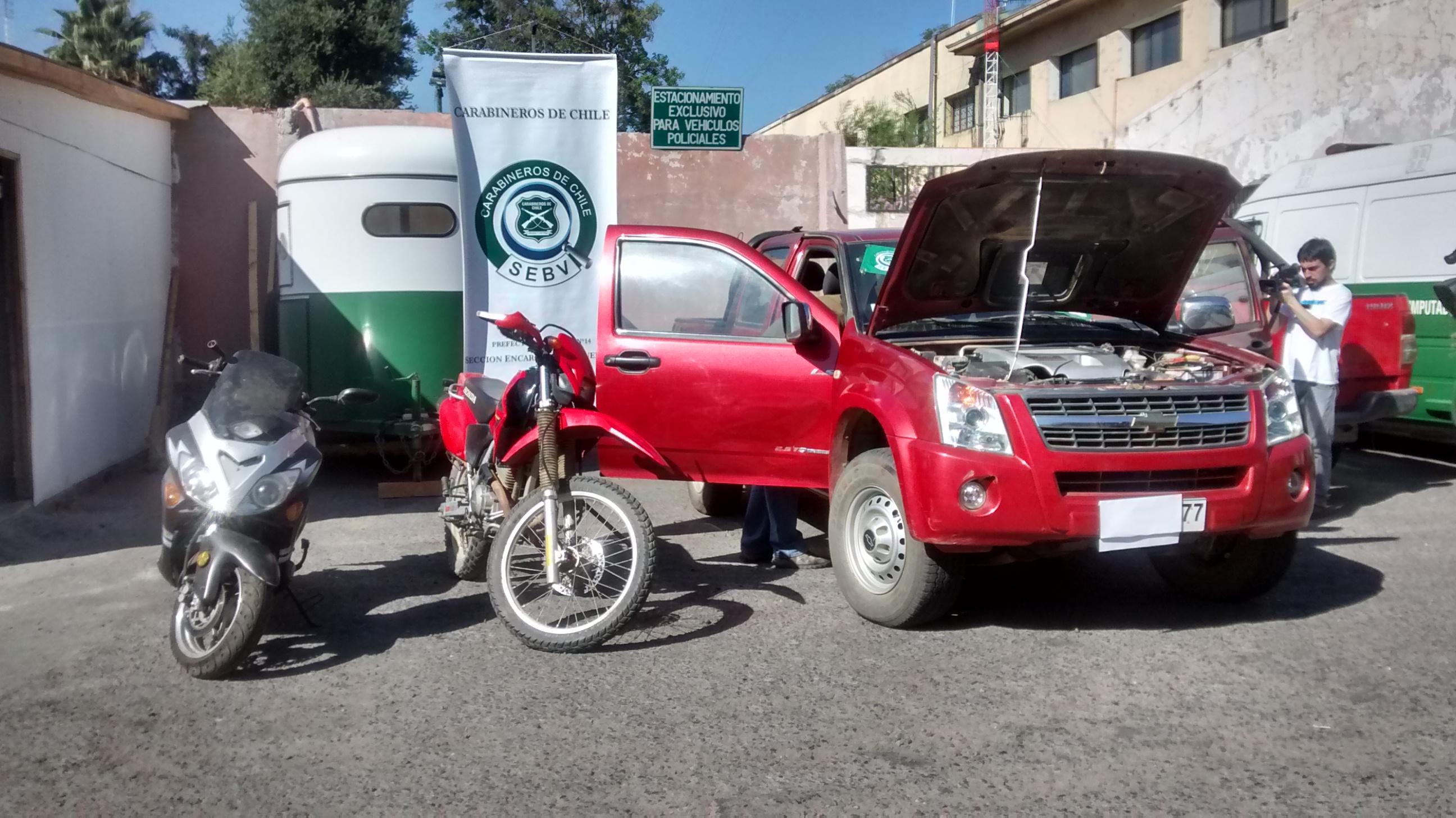 Carabineros incauta dos motocicletas y una camioneta encargadas por robo en Talca