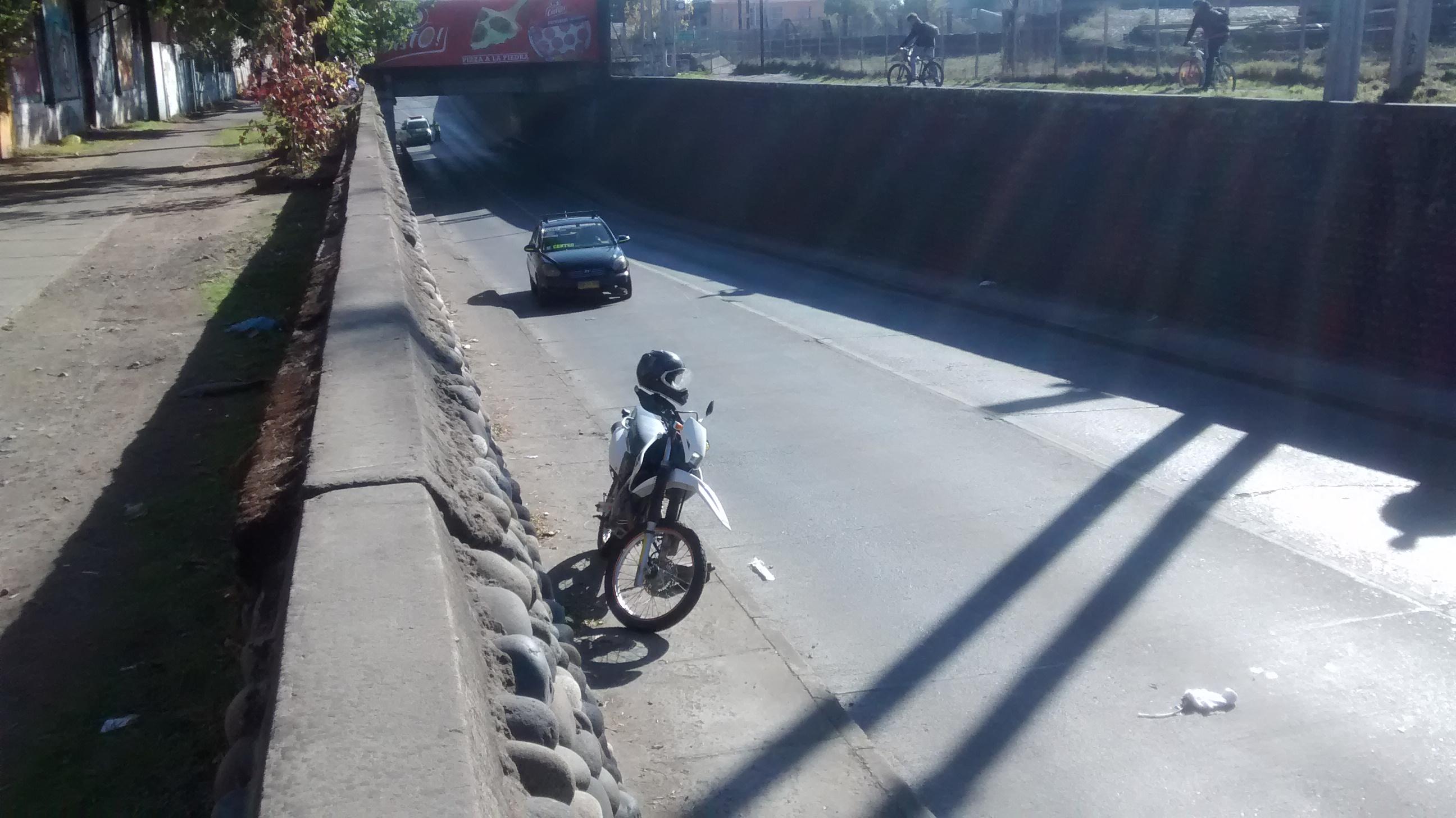 Trágica muerte de motociclista en calle 11 oriente con 8 sur en Talca