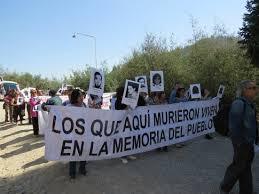 Con marcha familiares de ejecutados políticos exigieron colocar candado a la ex Colonia Dignidad