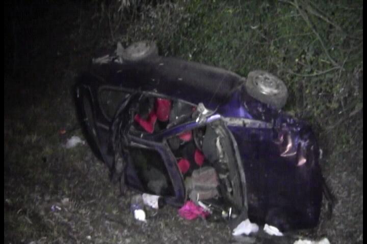 Madre e hija mueren en fatal volcamiento en ruta cinco sur frente a Linares