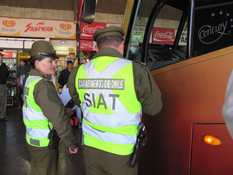Carabineros realizó controles y fiscalizaciones en terminal de buses en Talca