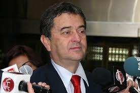 Senador Coloma impulsa proyecto de ley que busca modificar la extensión del horario de verano