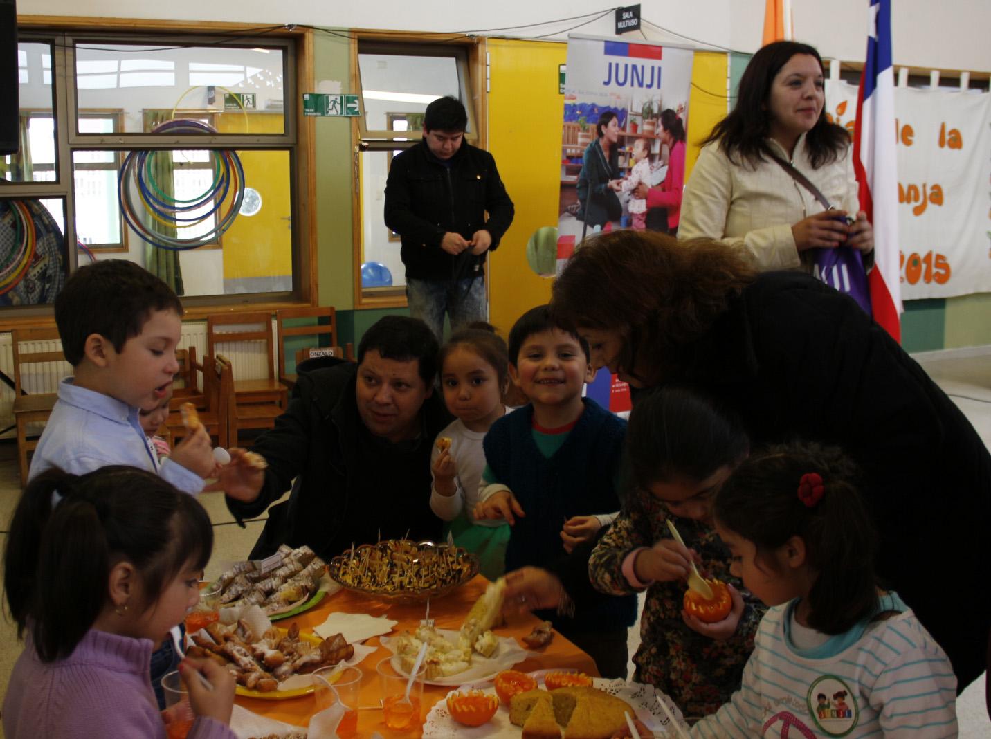 Jardín Infantil celebró el día de la Naranja en Villa Alegre