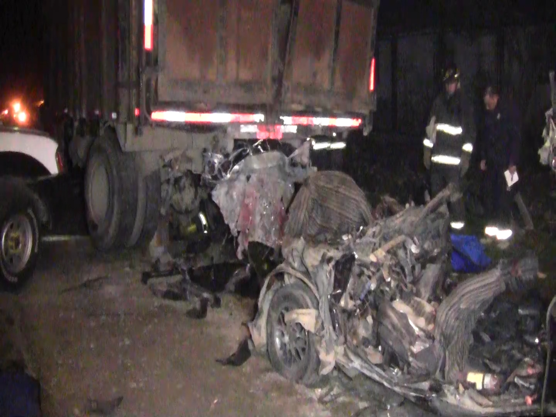 Identifican a víctimas de accidente ocurrido esta madrugada en Linares