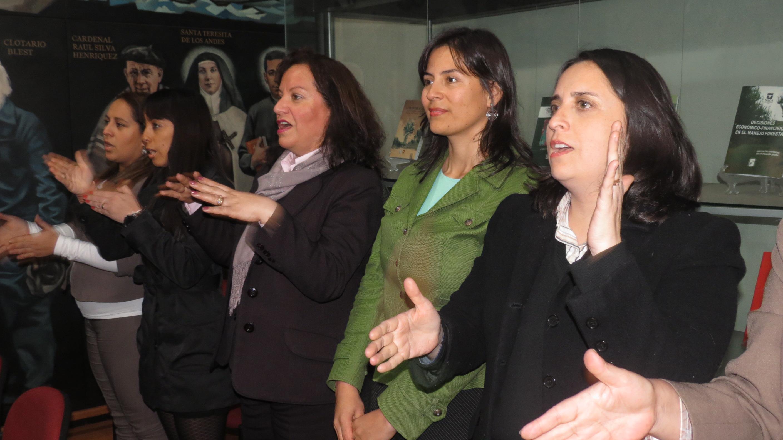 Gobernación de Talca cuenta con funcionaria capacitada en lengua de señas
