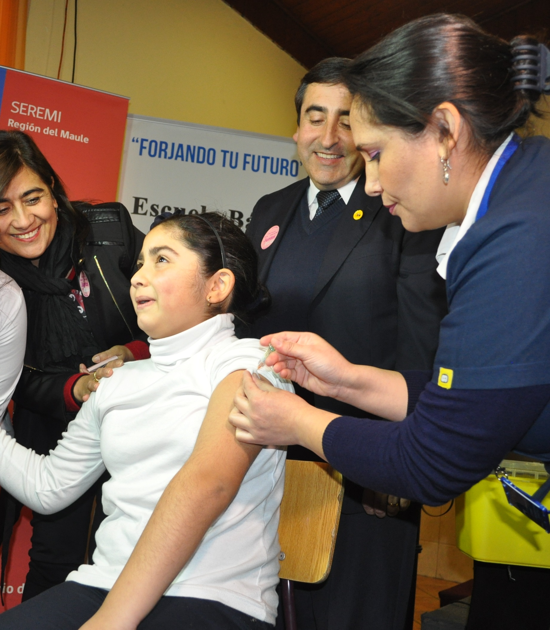 En el Maule comenzó vacunación contra Virus Papiloma Humano