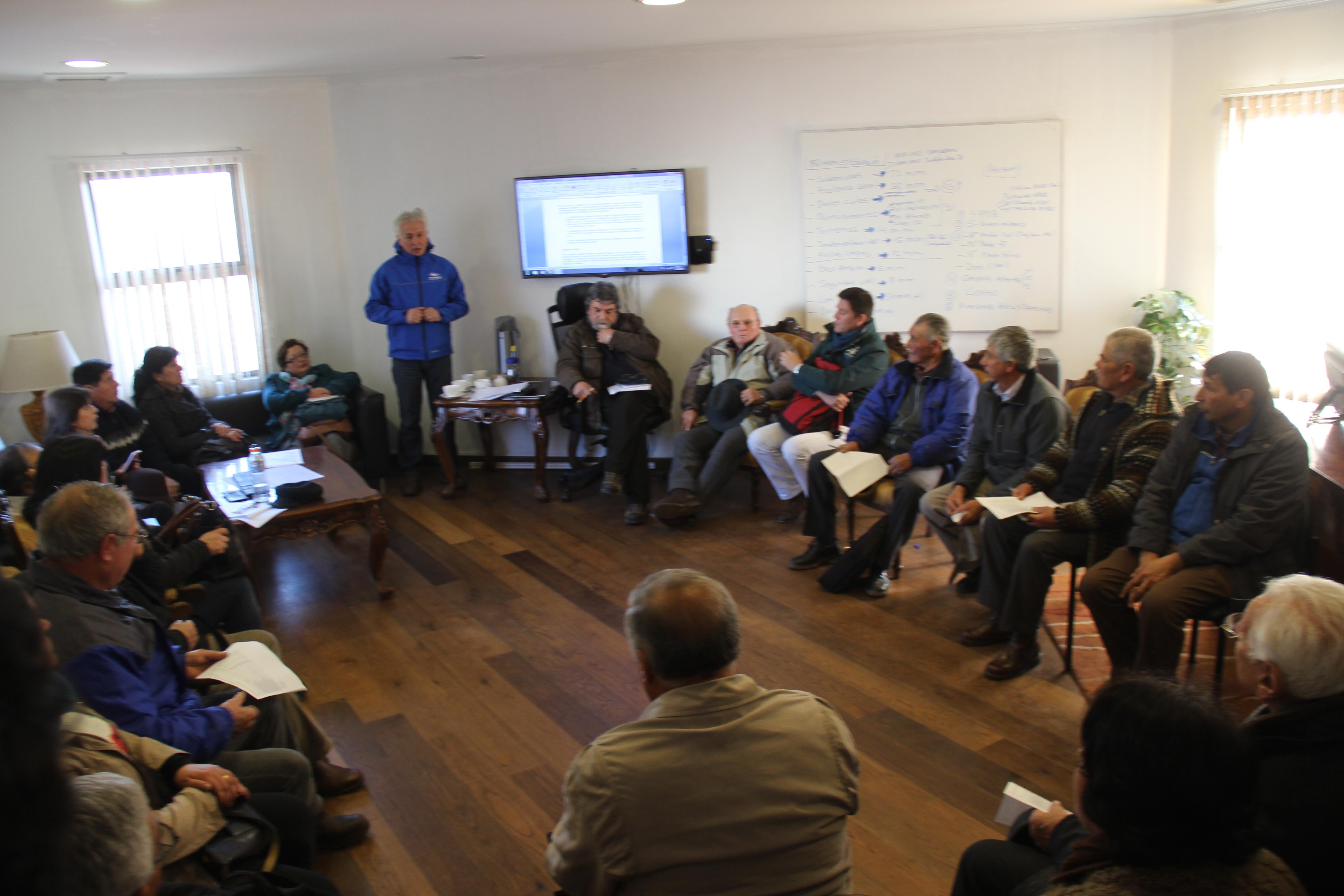 Alcalde de san clemente pidió explicaciones a empresa eléctrica por demora en reposición del suministro de luz
