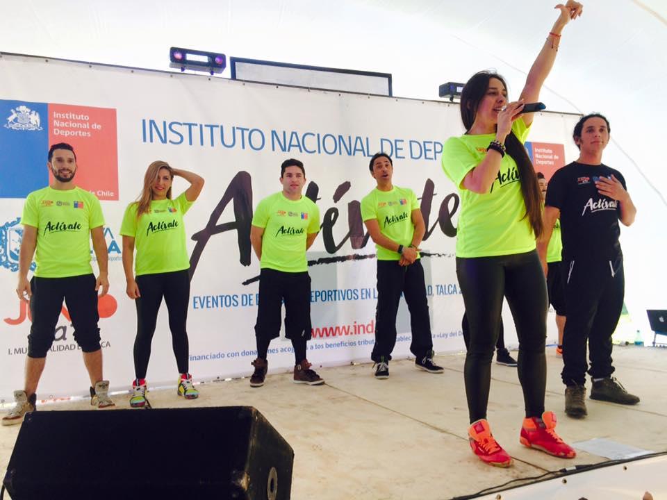 Municipalidad Talca realizó primera tarde activa de baile