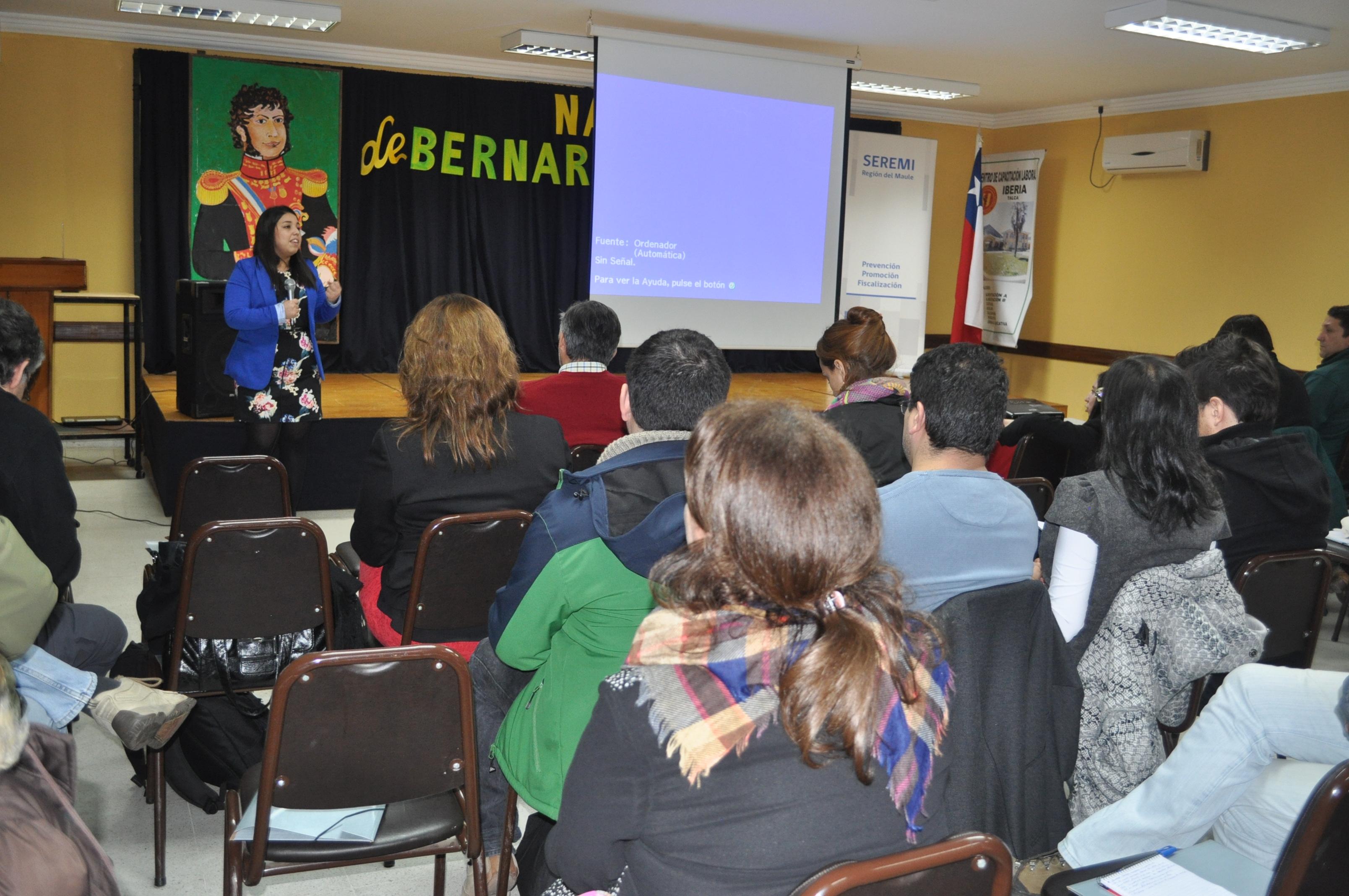 Seremi de salud realiza exitoso seminario de Zoonosis en Talca