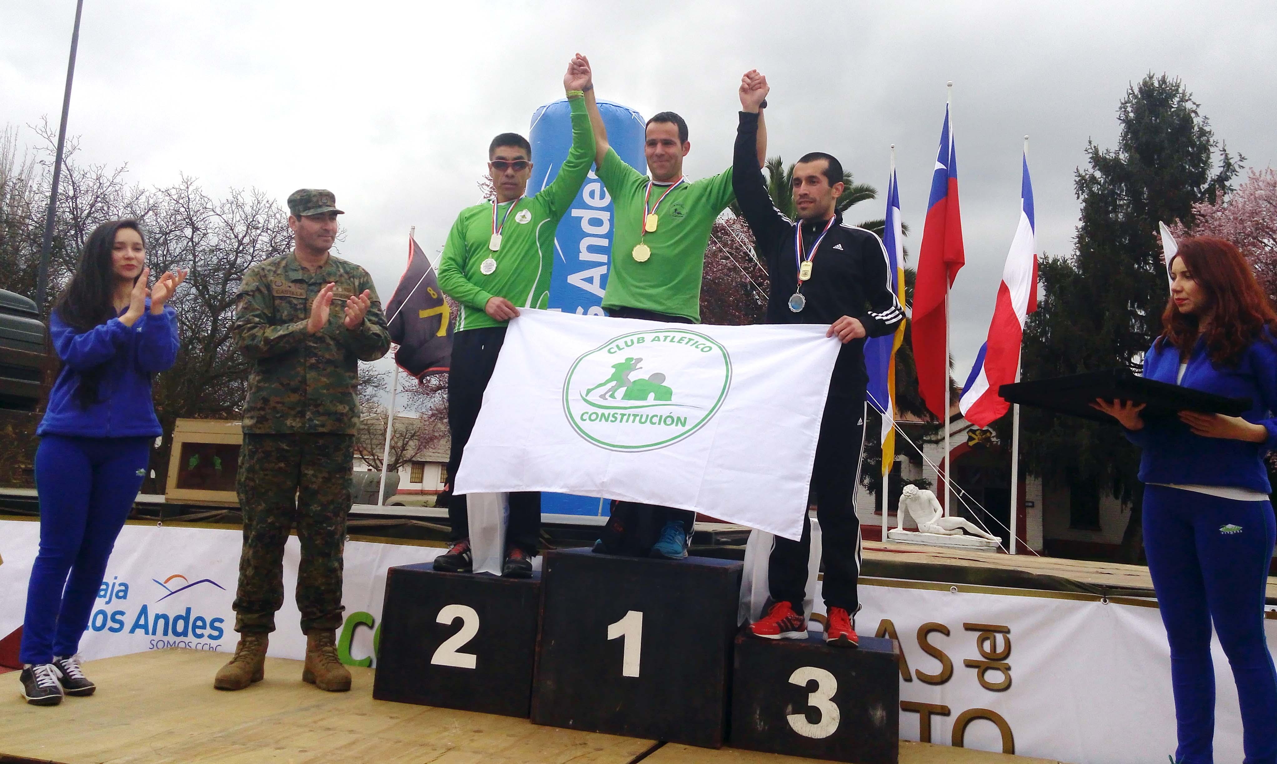 Masiva participación de linarenses en la XVIII Corrida Glorias del Ejército de Chile 2015