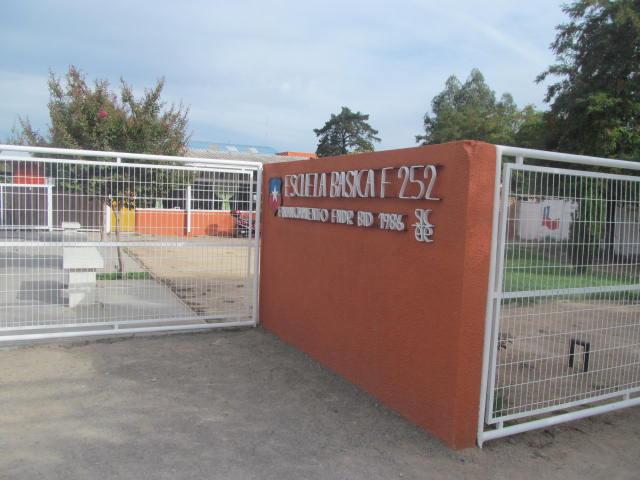 Repararán escuelas de maule y Chacarillas