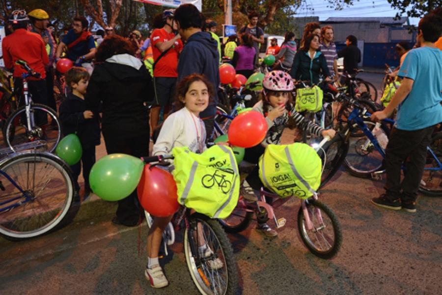 Ciclistas iluminarán las calles de Talca para celebrar la semana de la ciencia