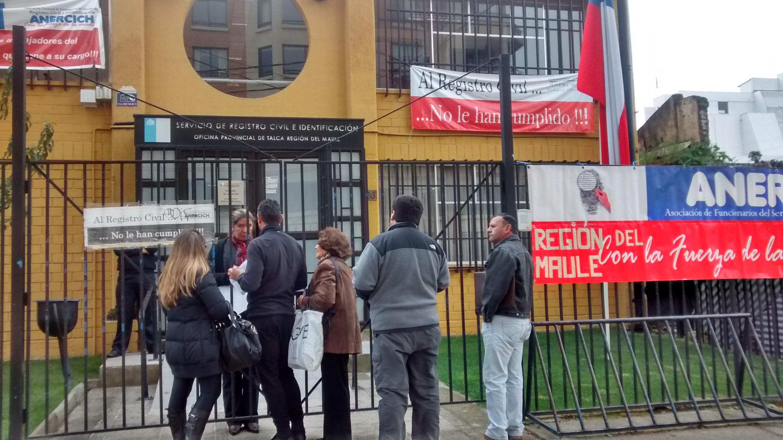 Registro Civil seguirá en paro indefinido en Talca