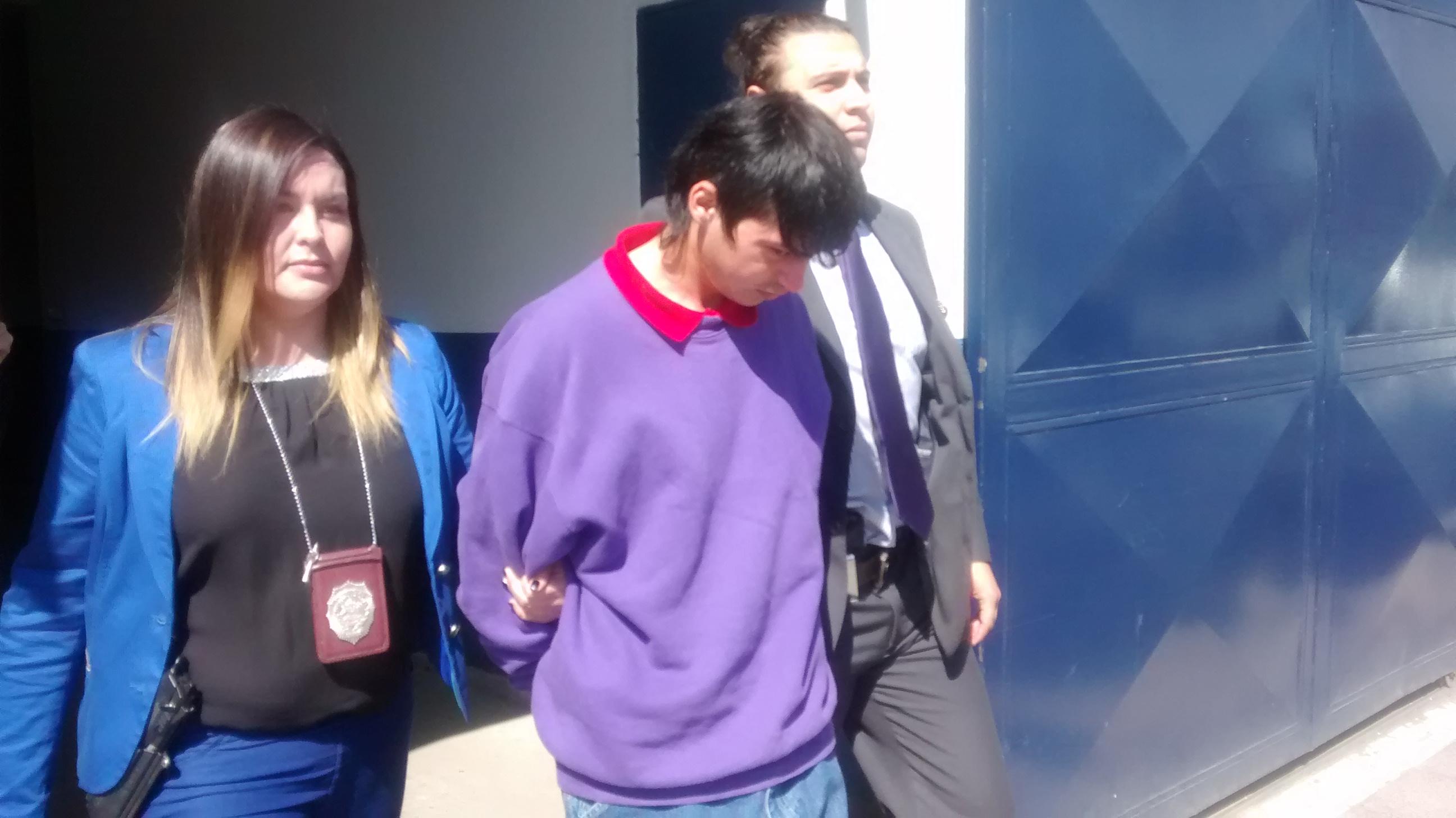 Detienen a hermanos por homicidio en San Clemente