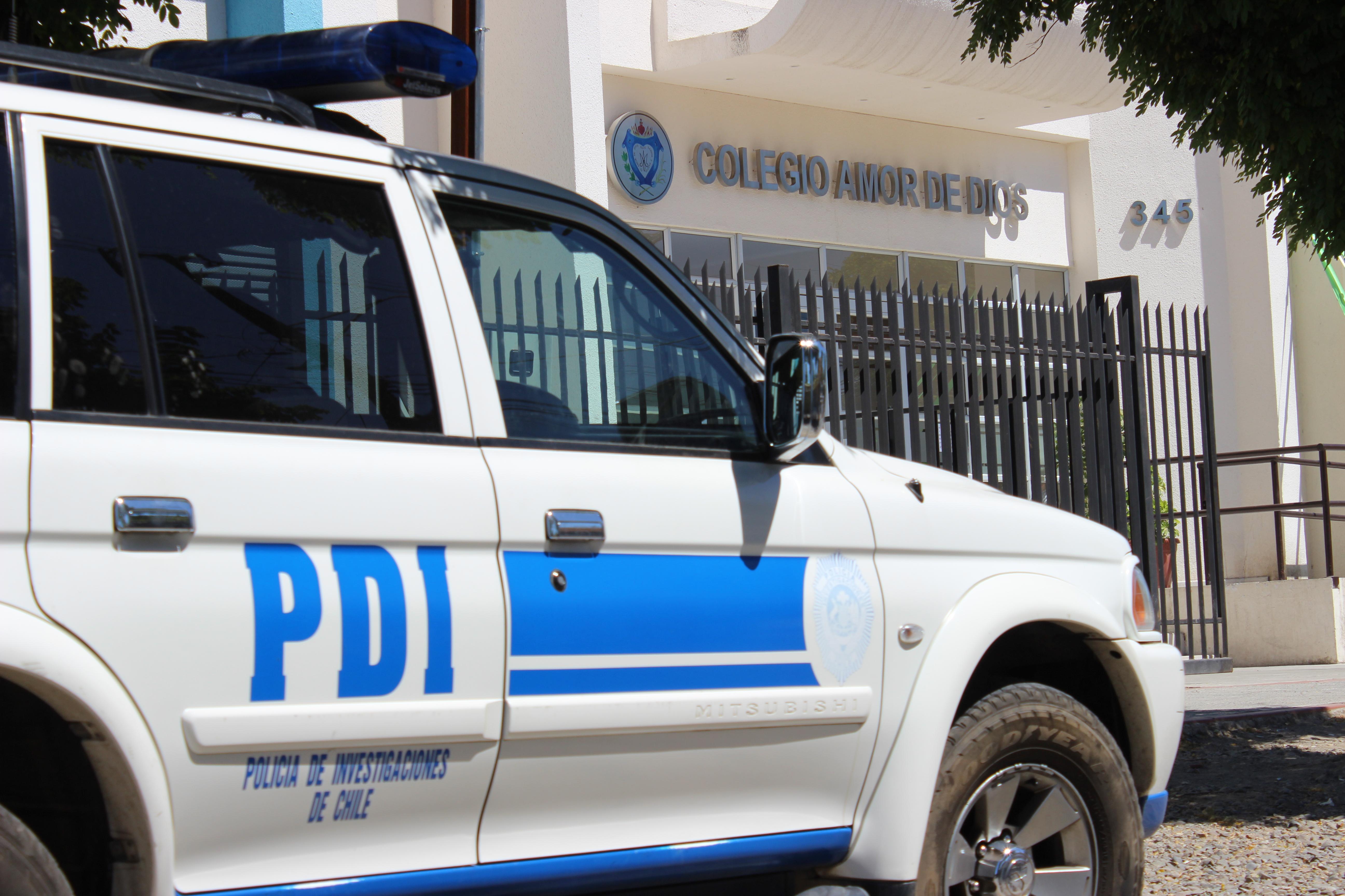 """Conmoción: Delincuentes se roban 50 computadores desde colegio """"Amor de Dios"""" en Talca"""