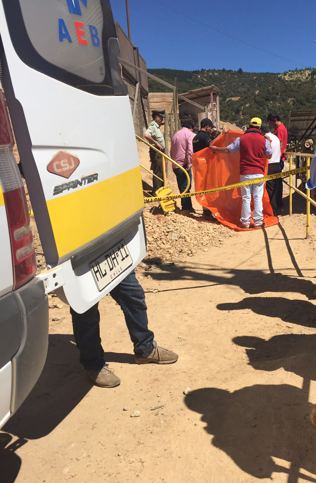 Dos trabajadores mueren al caer a pozo en Mina Cuesta de Chépica en la comuna de Pencahue