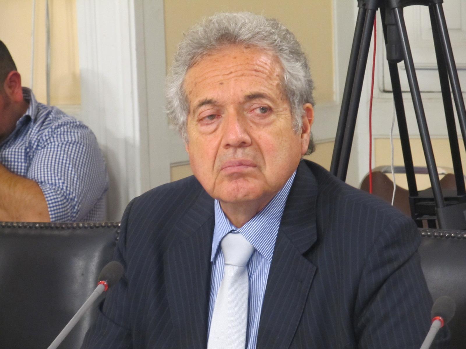 Ceroni acusa que tribunal electoral limita facultades de fiscalización