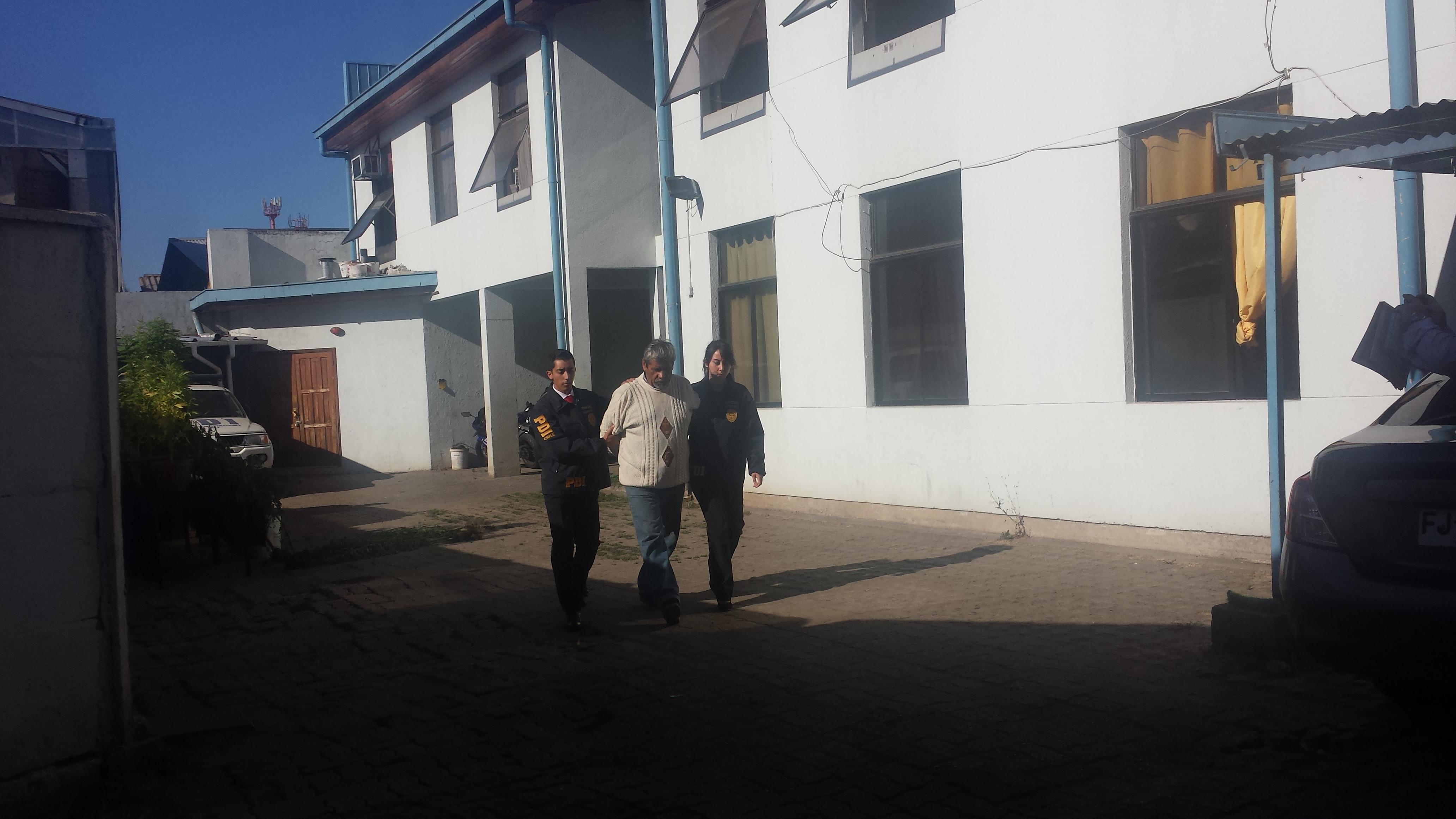 La PDI de Talca detiene a hombre que mantenía plantación de marihuana en el patio de su casa en San Clemente