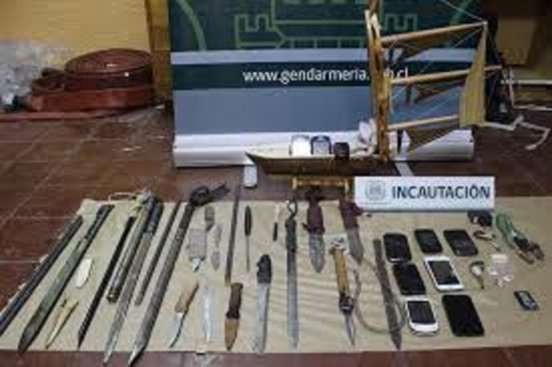 Sorpresivo allanamiento en la cárcel de Talca, termina con la incautación de estoques y teléfonos celulares