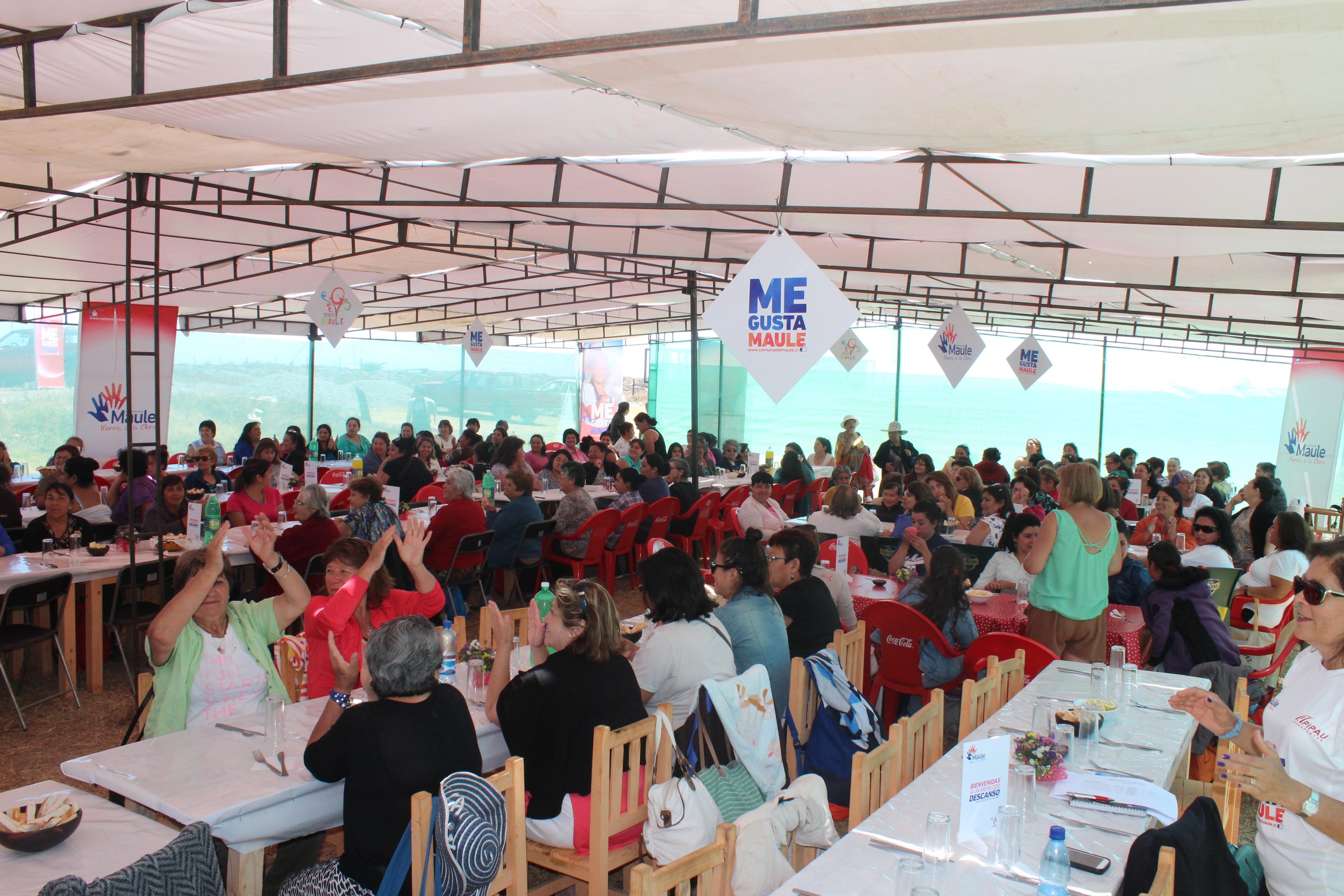 """Exitoso programa """"Encuentro comunal Cultura, mujer y desarrollo"""""""