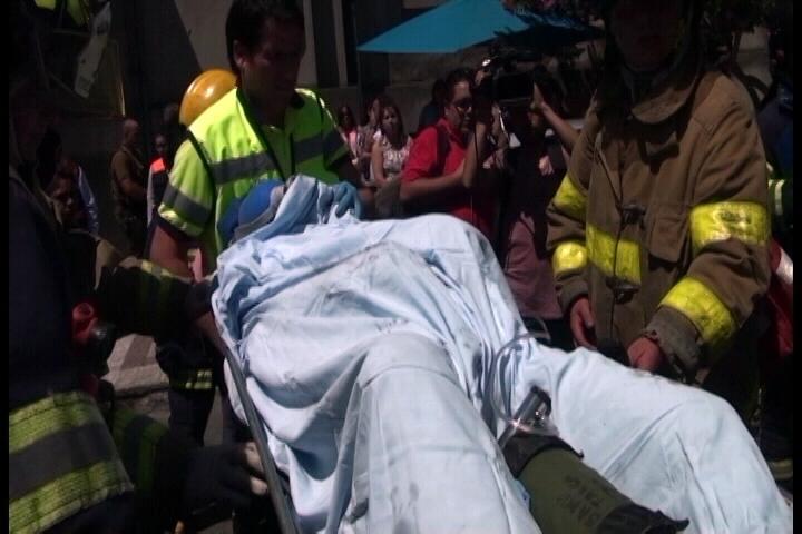 Muere hombre que se quemó a lo Bonzo en la azotea del edificio de correos en Talca