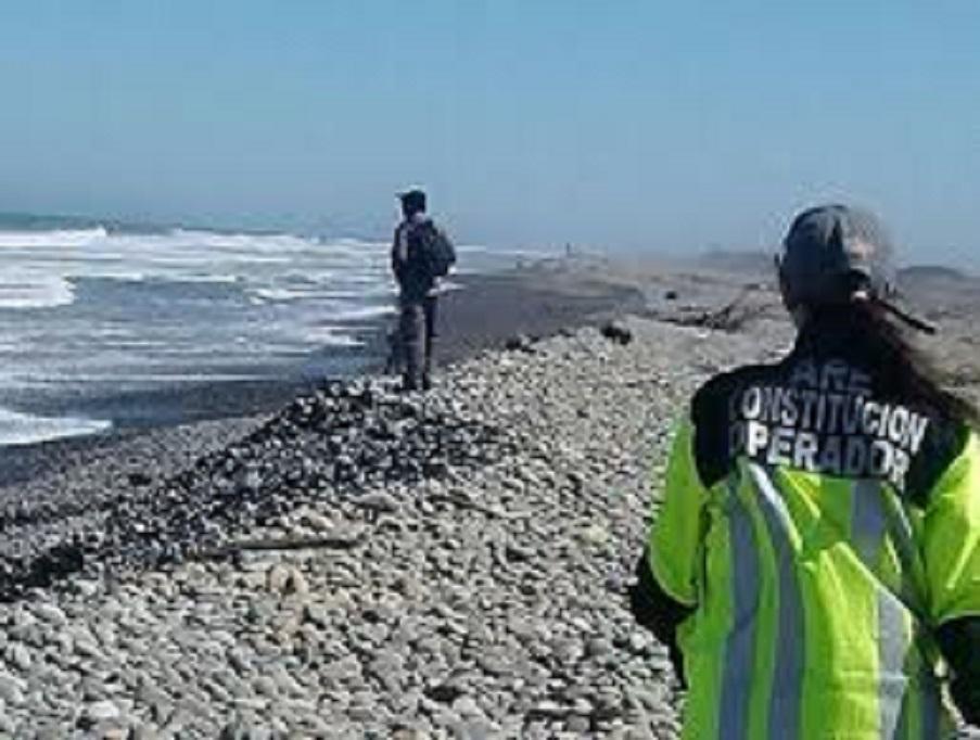 Menor de 1 año y 11 meses de vida, sigue desaparecida tras ser arrastrada por el mar en playa El Cable de Constitución.