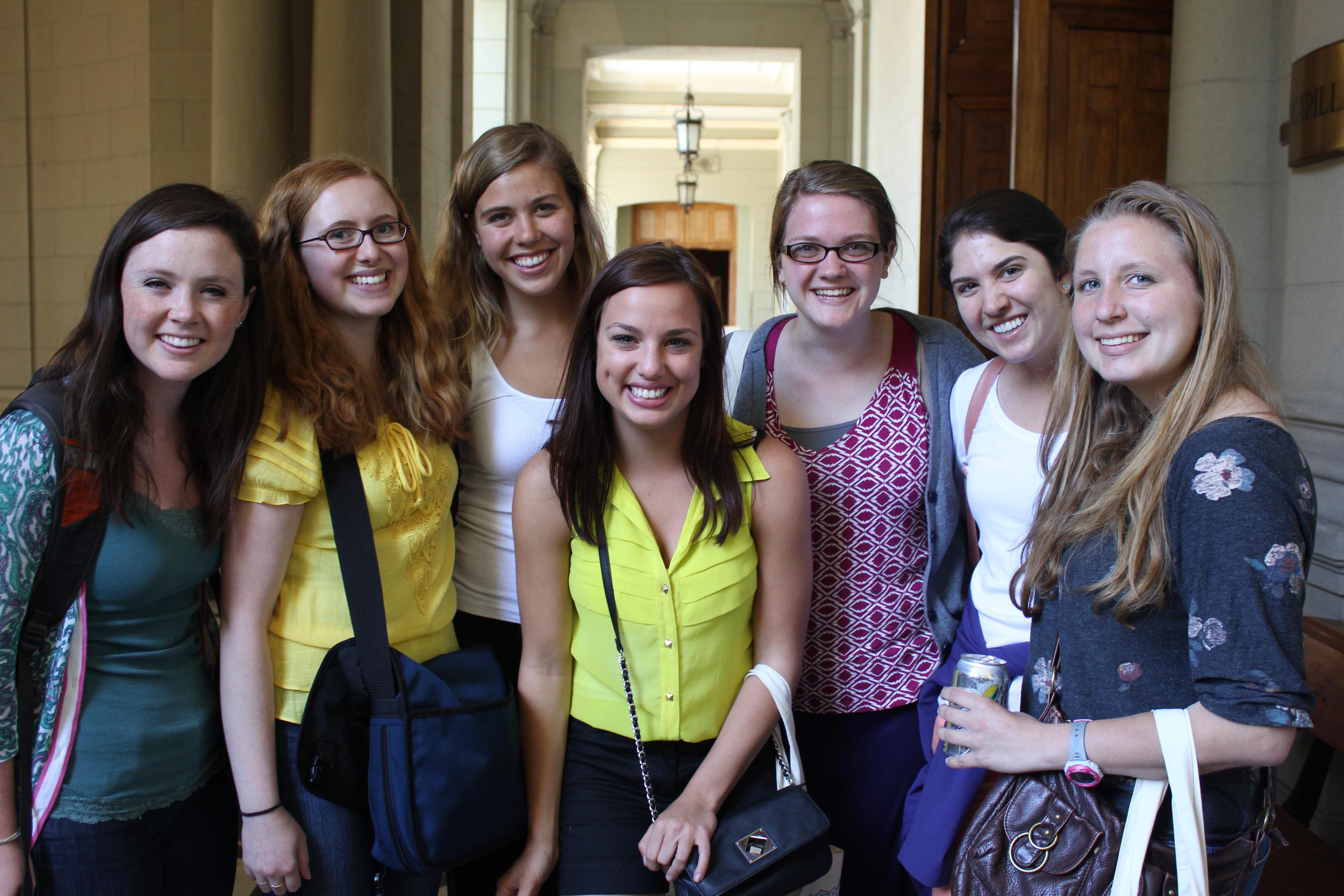 PDI y registro civil realizan jornada especial con estudiantes de intercambio