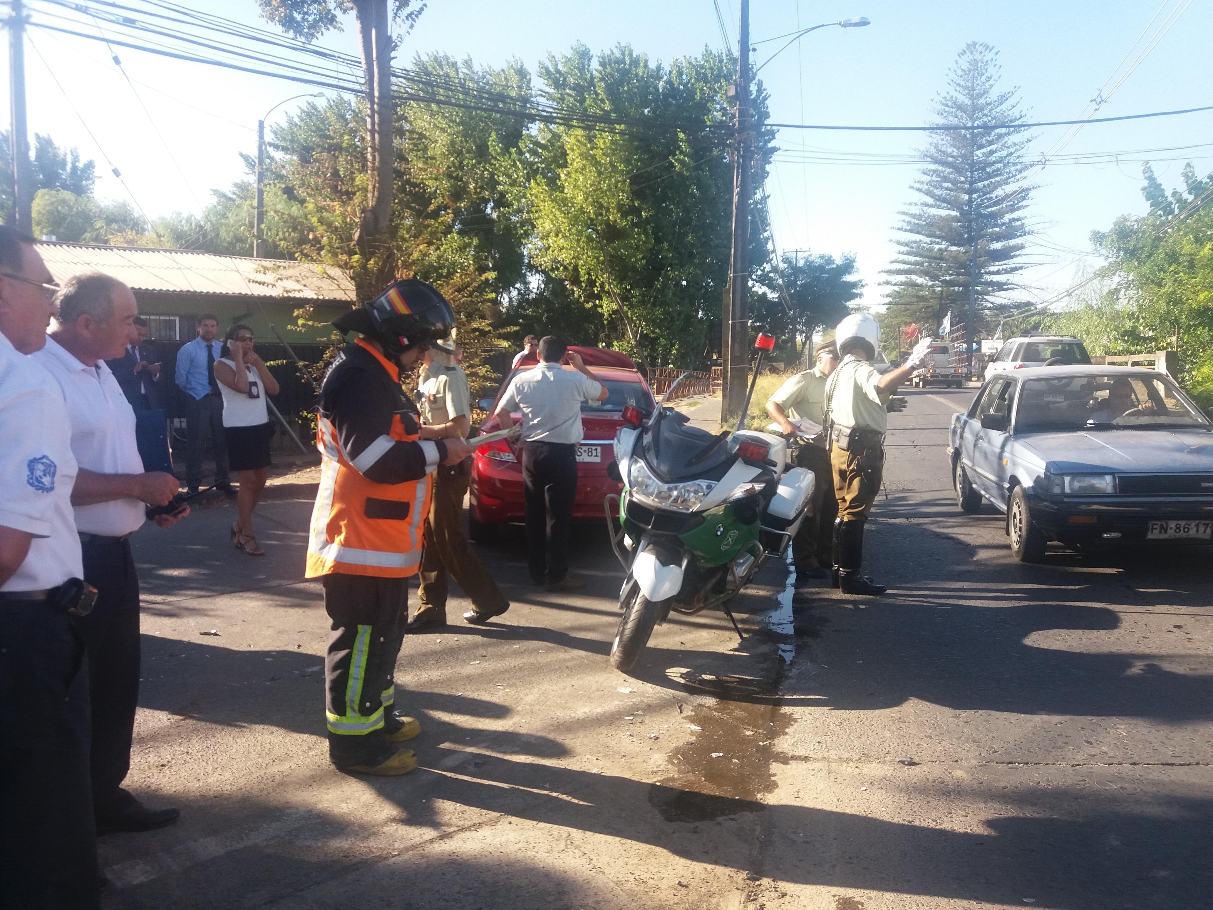 FOTOS: Camioneta colisiona a  vehículo de la PDI  y  deja a un detective lesionado en Talca