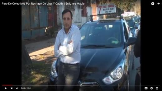 [Video] Conductores de Taxis y Colectivos manifiestan su rechazo contra las aplicaciones de transporte Uber y Cabify.