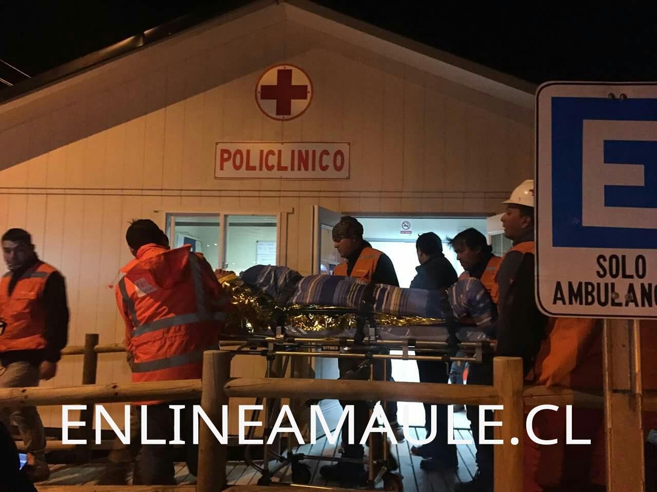 Alcalde de San Clemente y 3 funcionarios lesionados tras desbarrancar camino a Argentina
