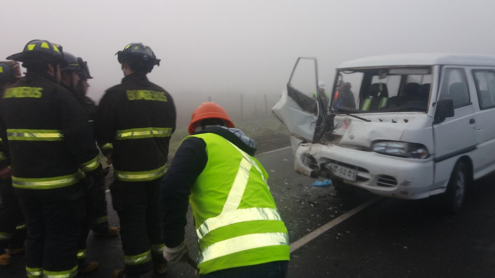 Trabajadora agrícola resulta herida en violenta colisión por alcance en ruta Talca- San Clemente.